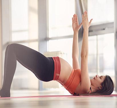 pregnant-woman-doing-sports