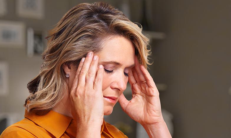Жена с главоболие