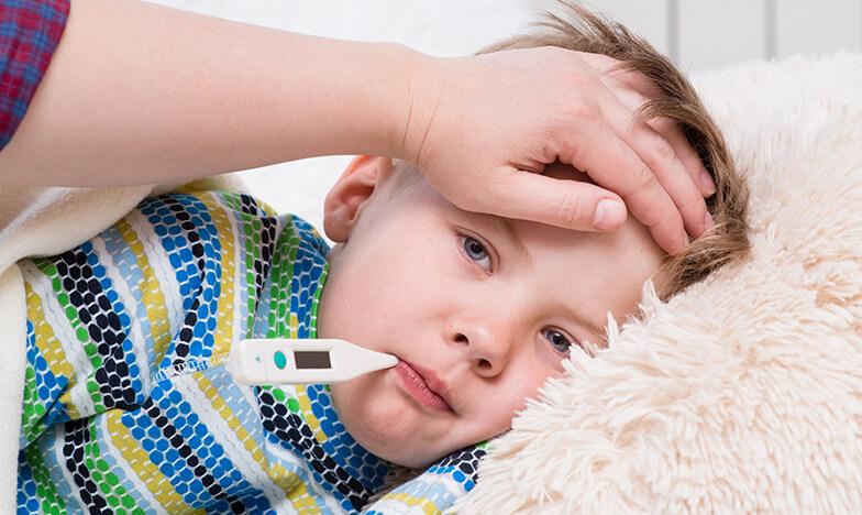 Висока температура при дете с термометър в устата
