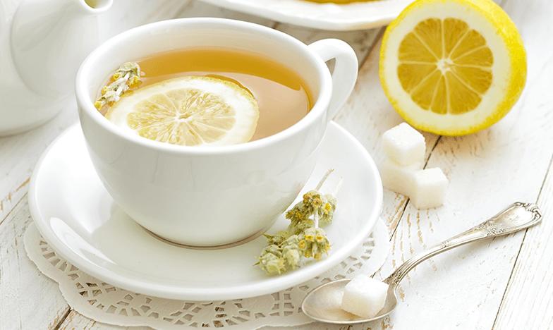 Чай с лимон, полезен при задна хрема
